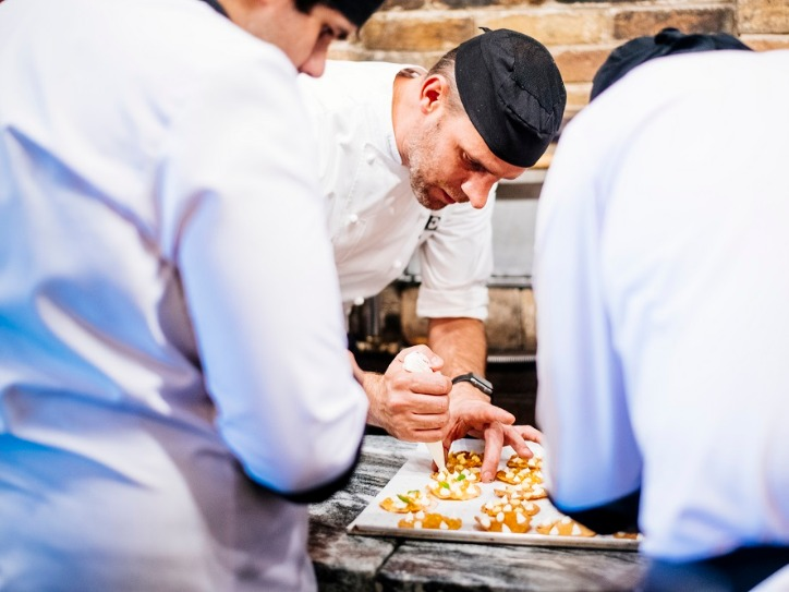 restaurant-ONE-Edwin-Soumang-Armenia